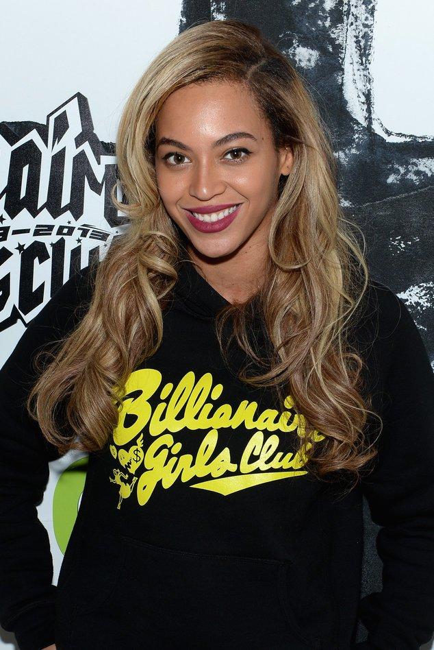 Beyonce in einem lässigen Outfit