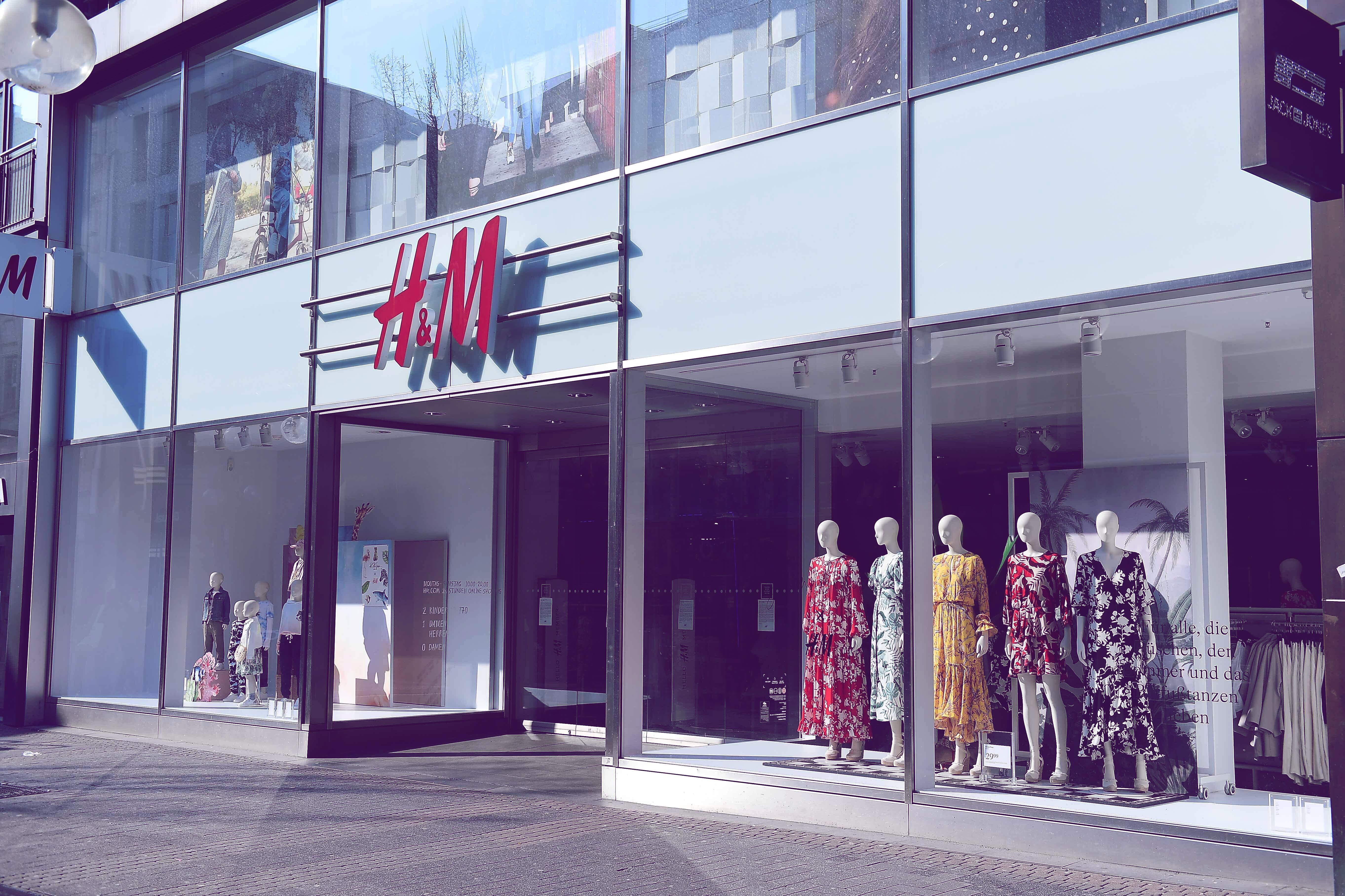 H&M-Top für nur 10 Euro: Das perfekte Must-have für den Sommer! | desired.de