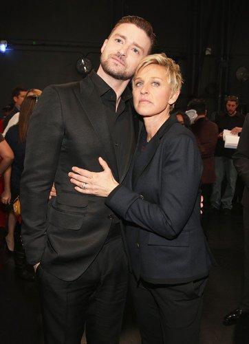 Justin Timberlake posiert mit Ellen DeGeneres