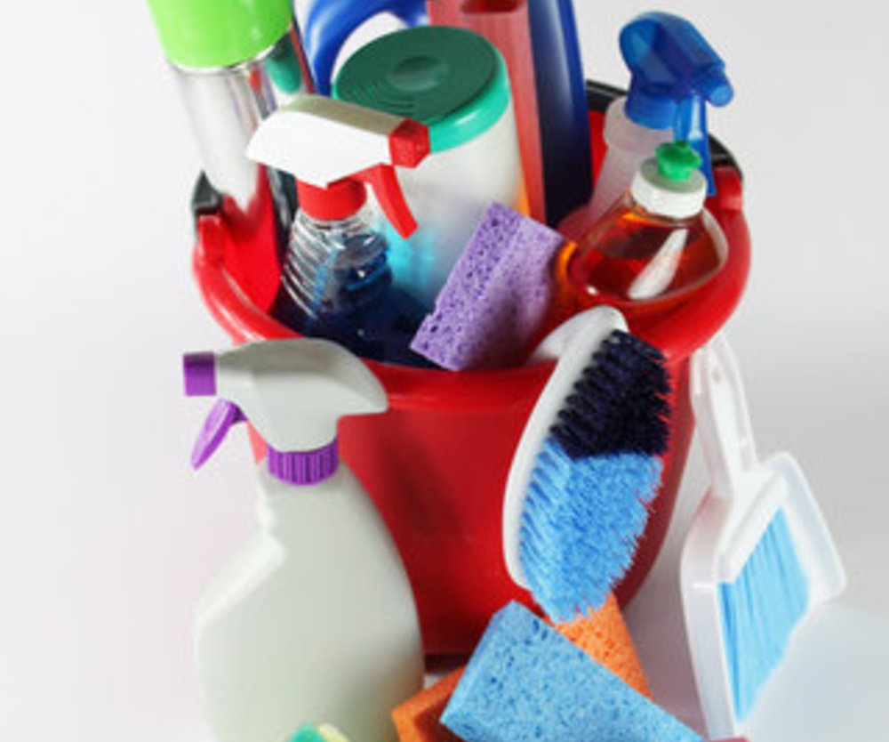 Kinder-Sicherheit: Vergiftungen verhindern