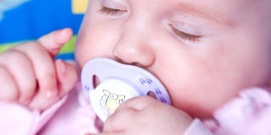 Kindersicherheit bei Tag und Nacht