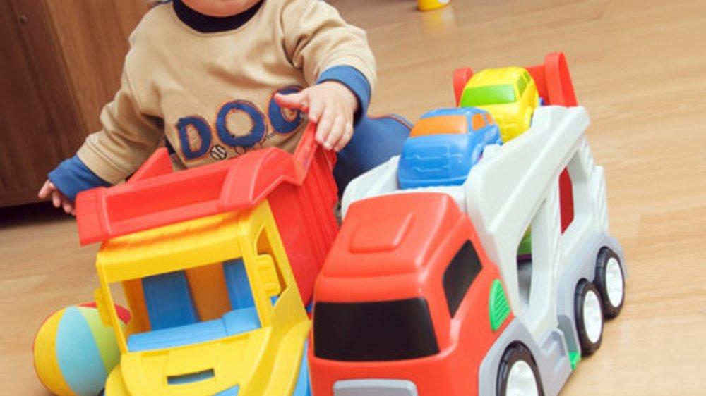 Spielzeug für Mädchen und Jungen