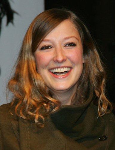 Alexandra Maria Lara: Locken mit Seitenscheitel