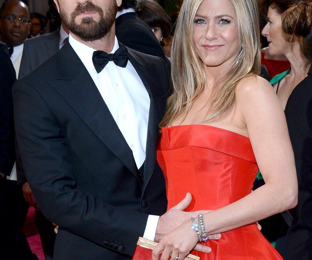 Jennifer Aniston: Streichelt Justin Theroux ihren Babybauch?