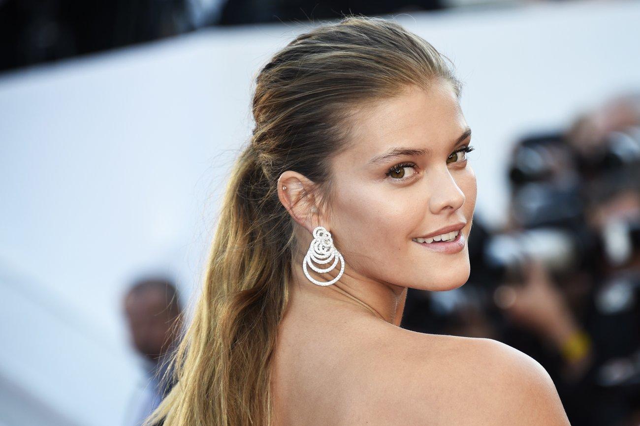 Das dänische Modell Nina Agdal lebt den lässigen Hairstyle ihres Heimatlandes vor.