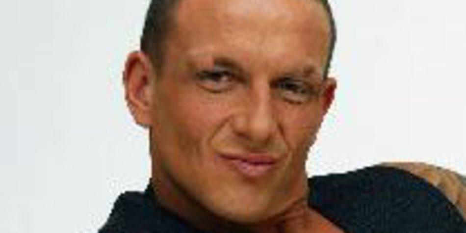 Big Brother 10: Klaus ist raus – Fan stellt Strafanzeige!