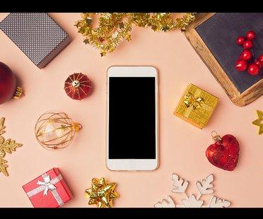 Iphone mit Weihnachtsdeko