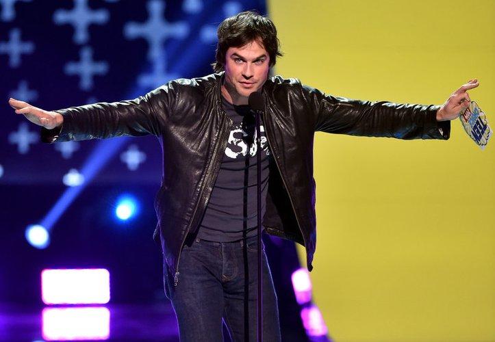 Ian Somerhalder hält eine Laudatio bei den Teen Choice Awards