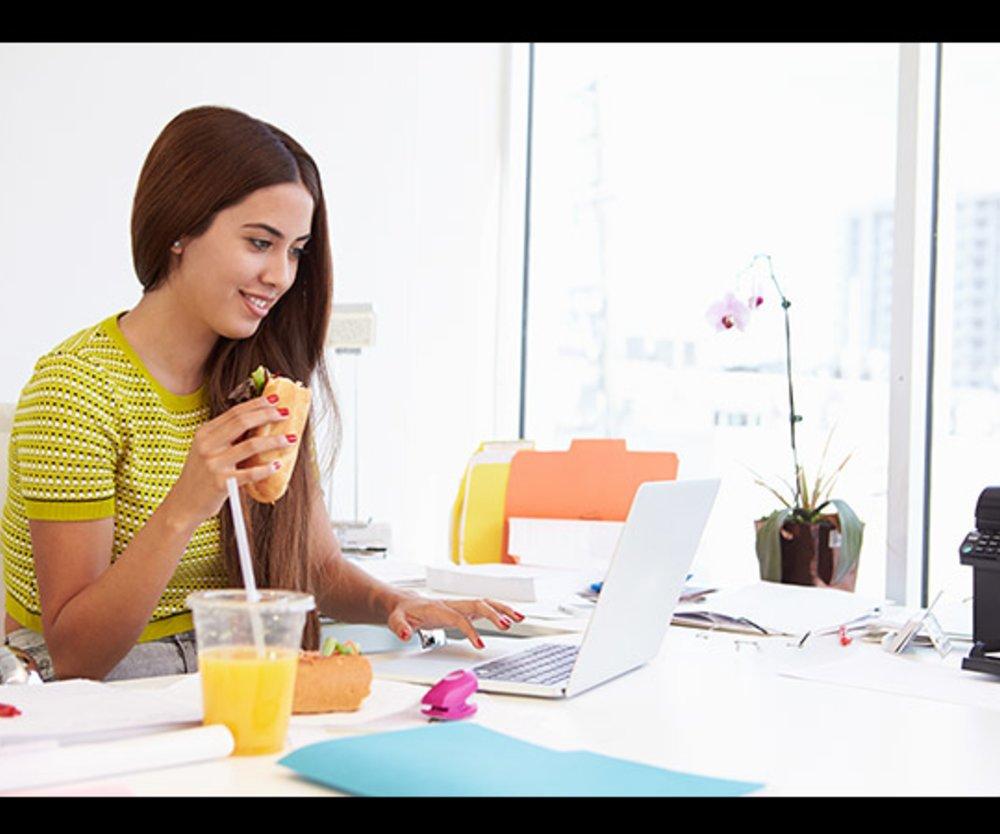 Essen im Büro