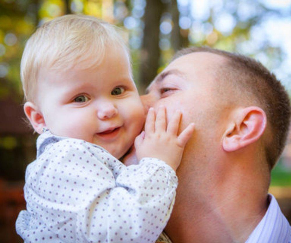 Immer mehr Väter nutzen Elterngeld