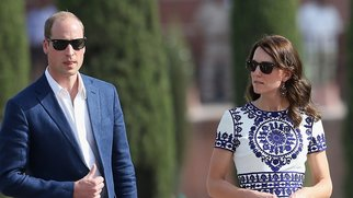 AGRA, INDIA - APRIL 16: Prince William, Duke of Cambridge and Catherine, Duchess of Cambridge walk in front of the Taj Mahal on April 16, 2016 in Agra, India. This is the last engagement of the Royal couple after a week long visit to India and Bhutan that has taken them in cities such as Mumbai, Delhi, Kaziranga, Bhutan and Agra. (Photo by Chris Jackson/Getty Images)