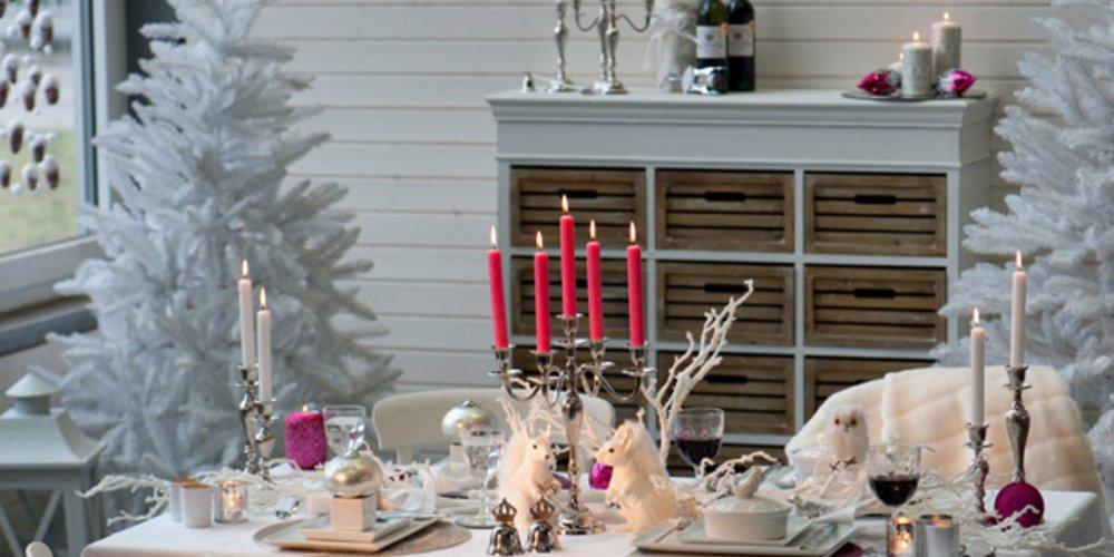 Kitschige Weihnachtsdeko ein lichtlein brennt edle und moderne ideen für ihren adventskranz