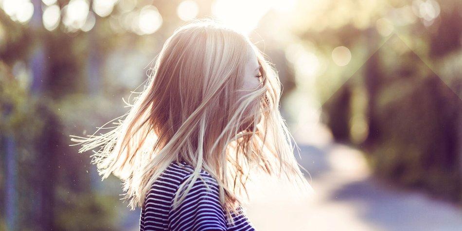 Fettige Haare Diese Tipps Tricks Helfen Desiredde