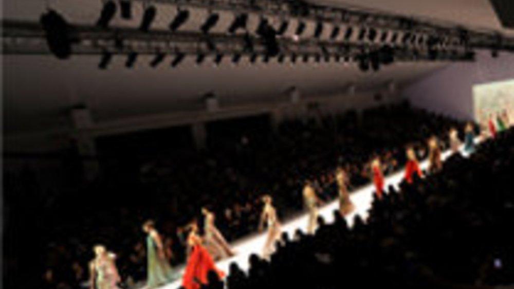 Mode, Trends und Schuhe mit Stil