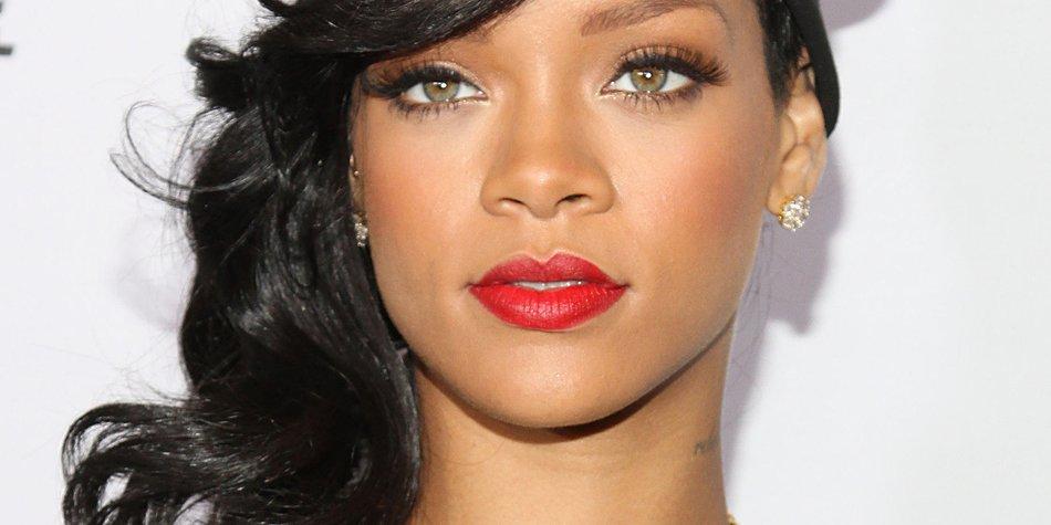 Rihanna plant eine Überraschungsparty für Chris Brown