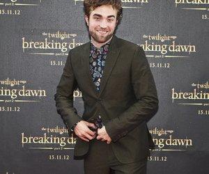 Robert Pattinson küsst unbekannte Brünette