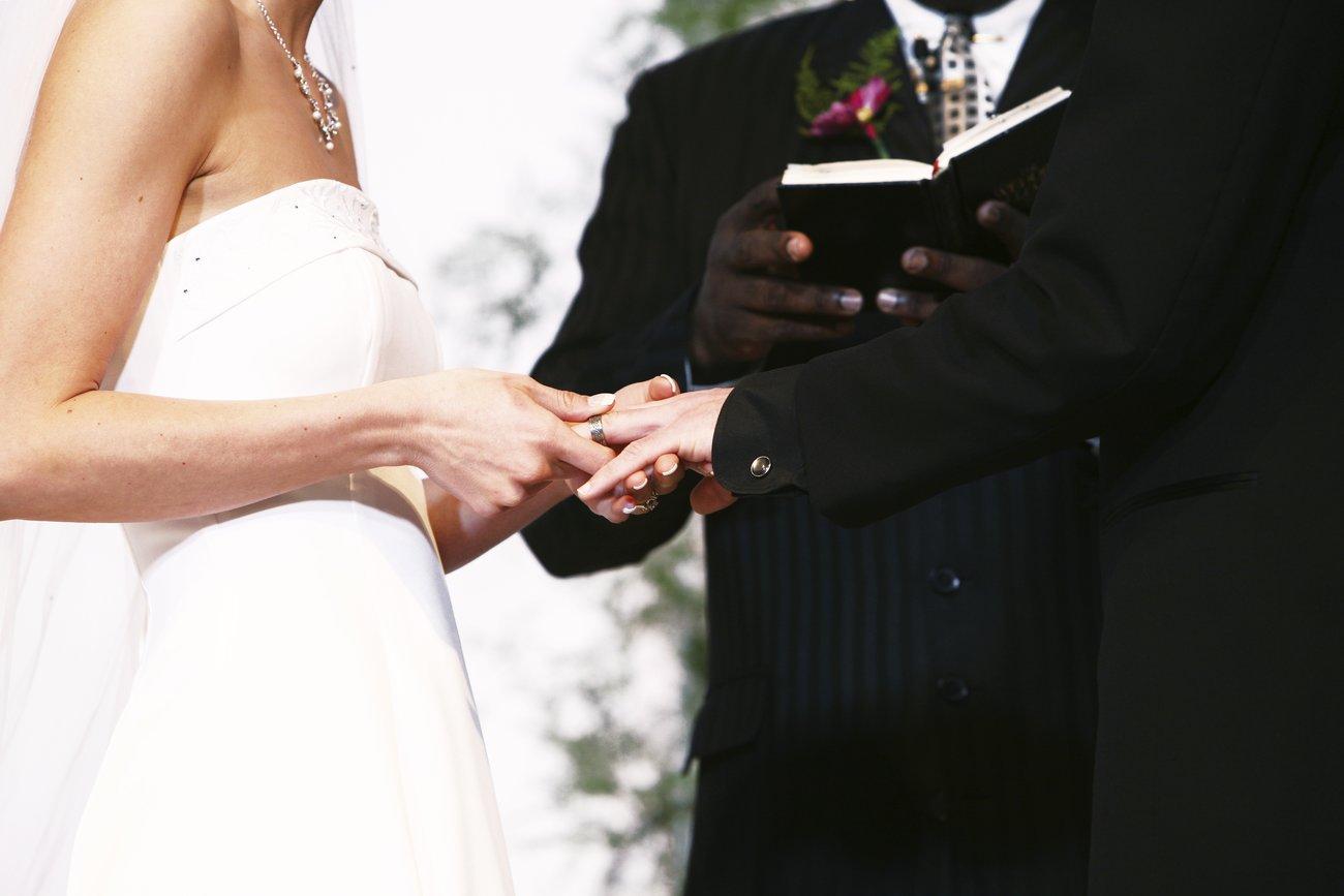 Darf man eine Vorlage für das Ehegelübte verwenden?