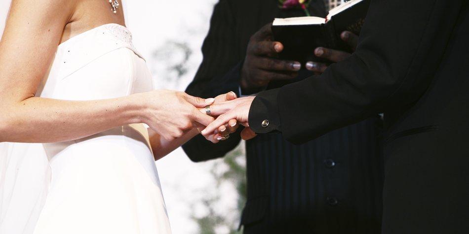 darf man eine vorlage fr das ehegelbte verwenden - Ehegelubde Beispiele