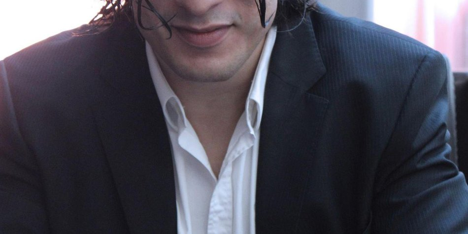 AWZ: Francisco Medina verlässt die Serie!