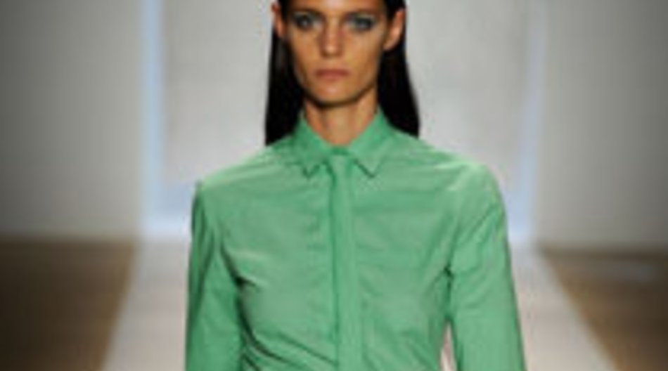 Fashion Week in Mintgrün bei Davidelfin