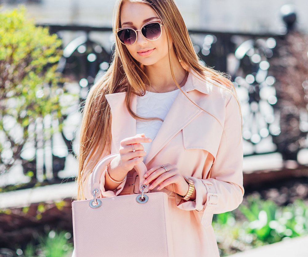 Edel aussehen muss nicht teuer sein! Wir dir fünf Kleidungsstücke, Schuhe und Accessoires, die richtig luxuriös aussehen – aber unter 50 Euro kosten!