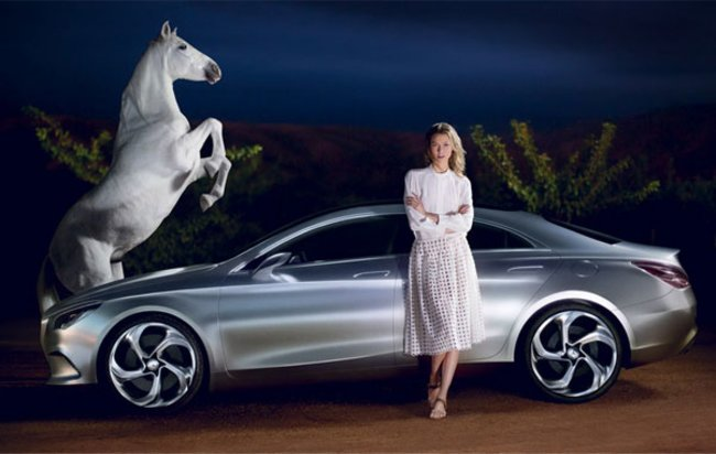 Karlie Kloss wirbt für die Mercedes Benz Fashion Week im Januar 2013.