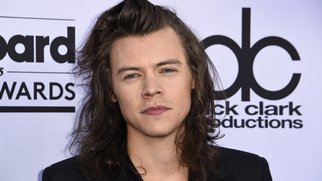 Singer Harry Styles of One Direction attends the 2015 Billboard Music Awards, May 17, 2015, at the MGM Grand Garden Arena in Las Vegas, Nevada. AFP PHOTO / ROBYN BECK (Photo credit should read ROBYN BECK/AFP/Getty Images)