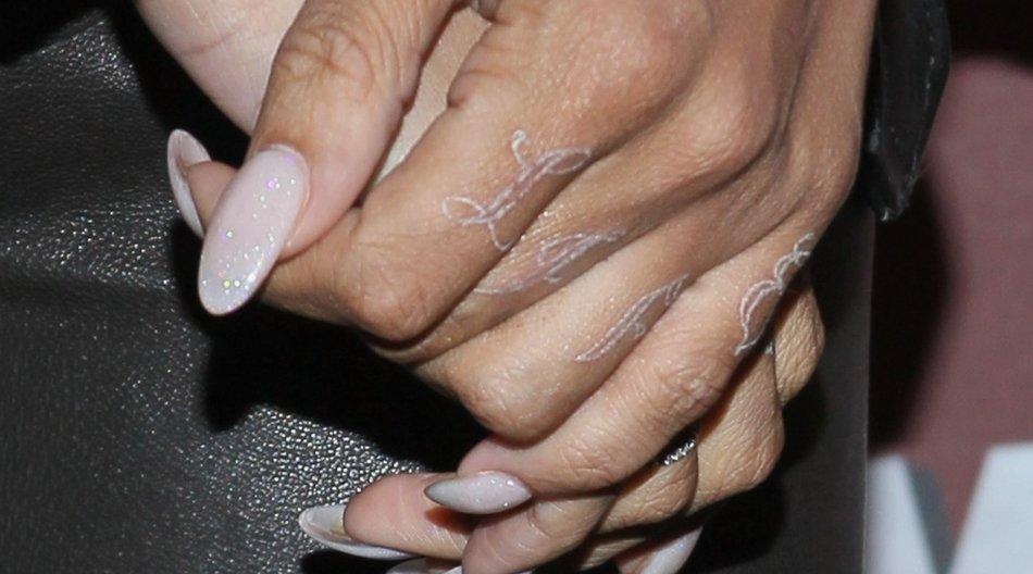 Weiße Tattoos