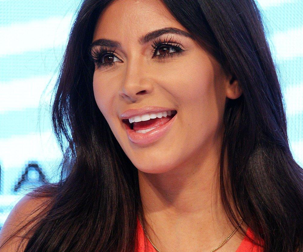 Kim Kardashian ist eine ganz normale Mutter
