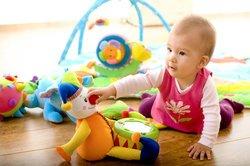 Baby 11 Monate: Motorikspielzeug
