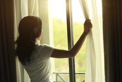 Morgen am Fenster