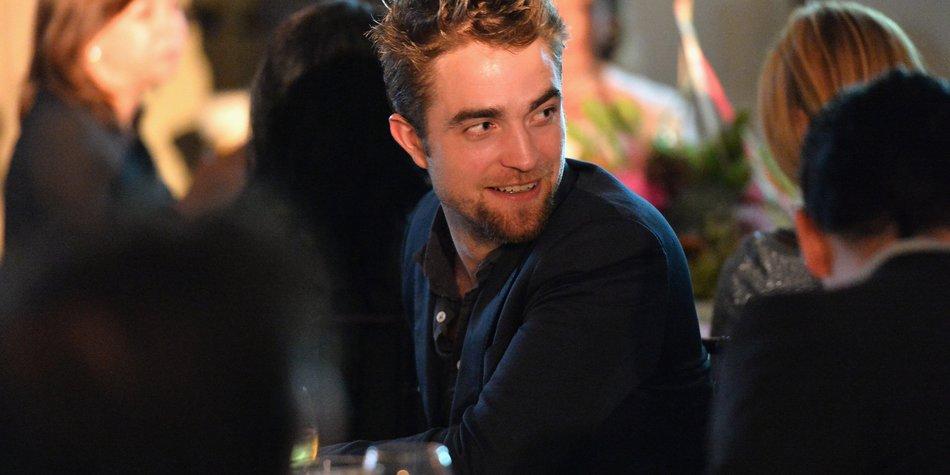 Robert Pattinson darf sich nicht mehr Sexiest Man Alive nennen