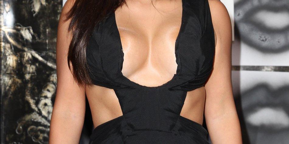 Kim Kardashian mit neuem Haarstyle