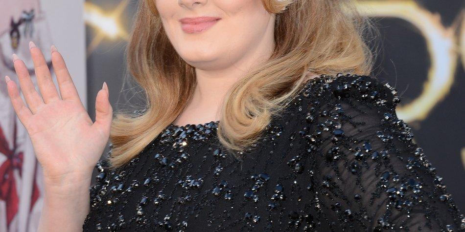 Adele: Wechselt sie ihr Plattenlabel?