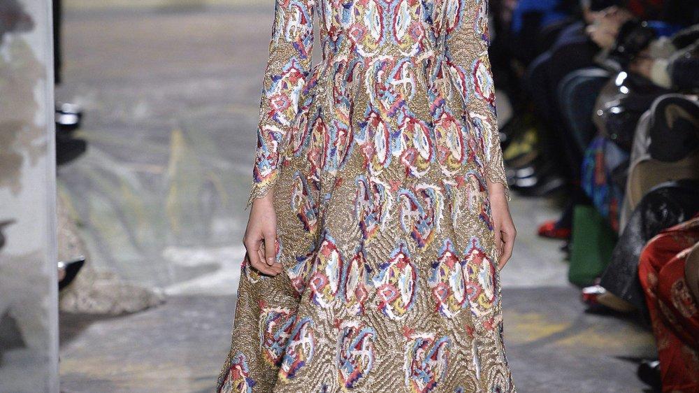 Haute Couture Paris: Valentino entführt in Traumwelten