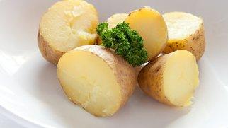 Kartoffeln mit Apfelquark