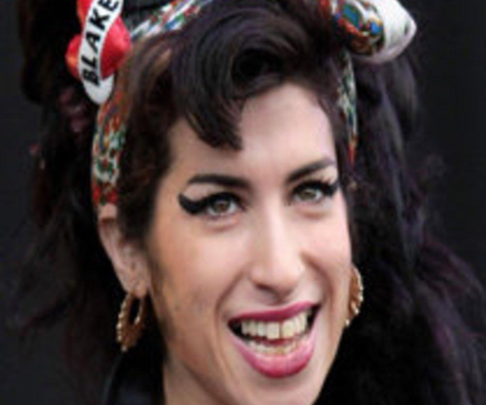 Amy: Schlimme Haut