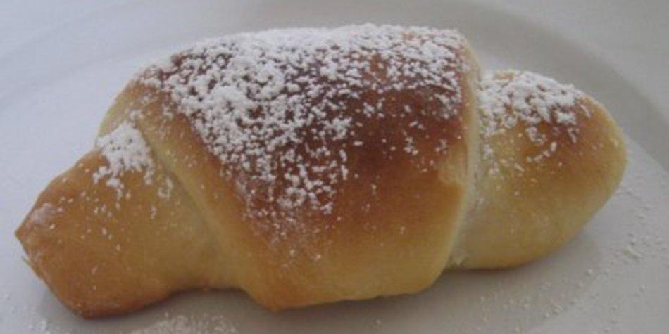serbische Kifle mit Pflaumenmus... oder Nutella