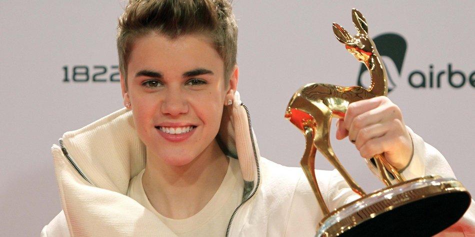 Justin Bieber freut sich über Bambi