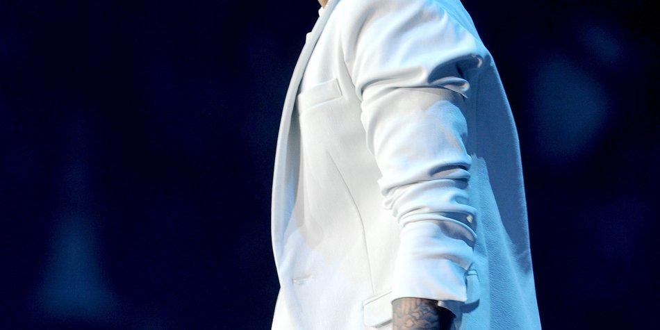 Justin Bieber will Selena Gomez treu sein