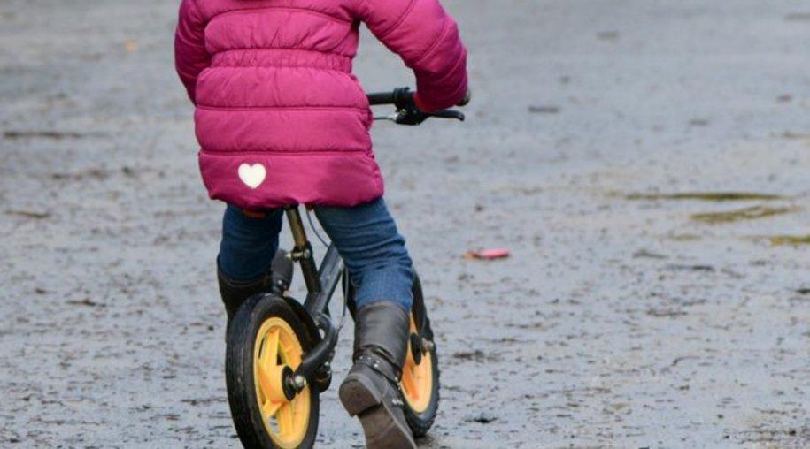 Die ideale Vorbereitung fürs Fahrradfahren: das Laufrad.