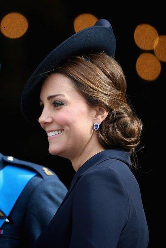 Kate Middleton trägt Seitenzopf