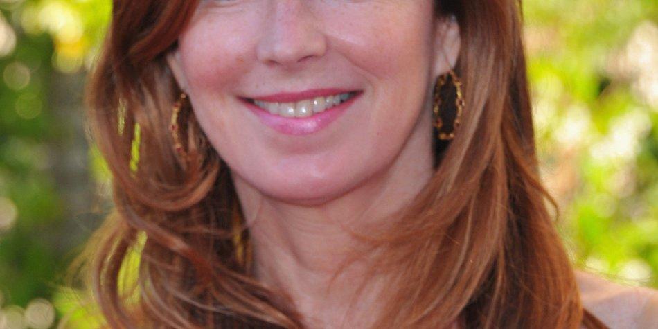 Dana Delany als Gerichtsmedizinerin