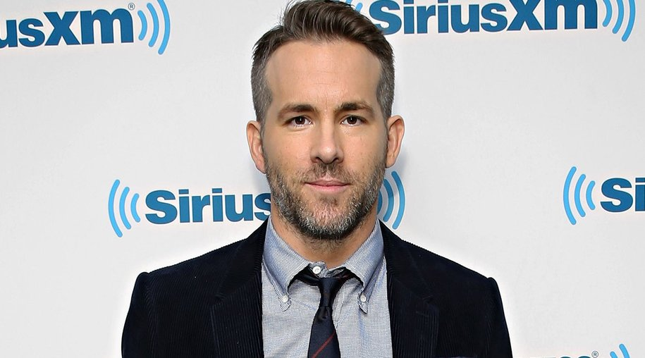 NEW YORK, NY - FEBRUARY 10: Actor Ryan Reynolds takes part in SiriusXM's Entertainment Weekly Radio Special with Ryan Reynolds hosted by Jess Cagle at SiriusXM Studio on February 10, 2016 in New York City. (Photo by Cindy Ord/Getty Images for SiriusXM)