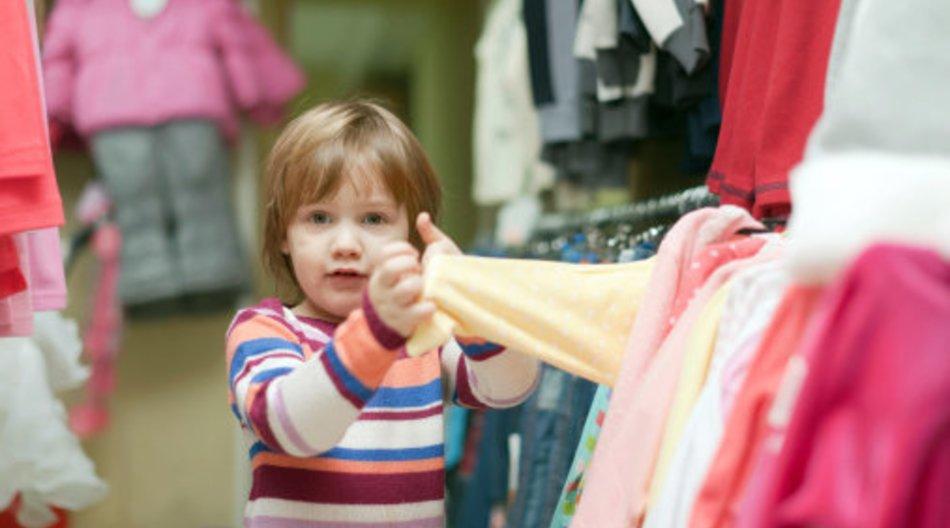Kinderkleidung enthält Giftstoffe