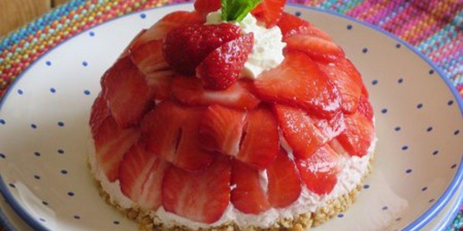 Mini Erdbeercharlöttchen