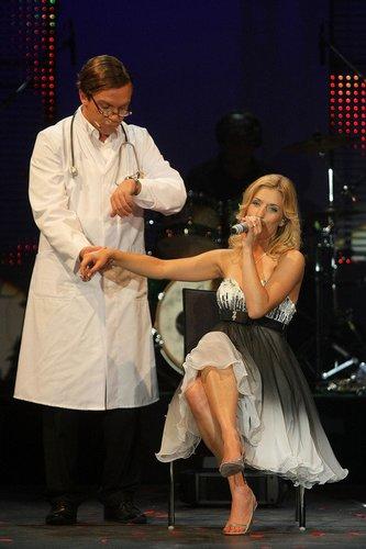 Stefanie Hertel und Stefan Mross singen.