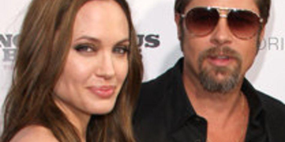 Brad Pitt und Angelina Jolie: Ostern in Bosnien