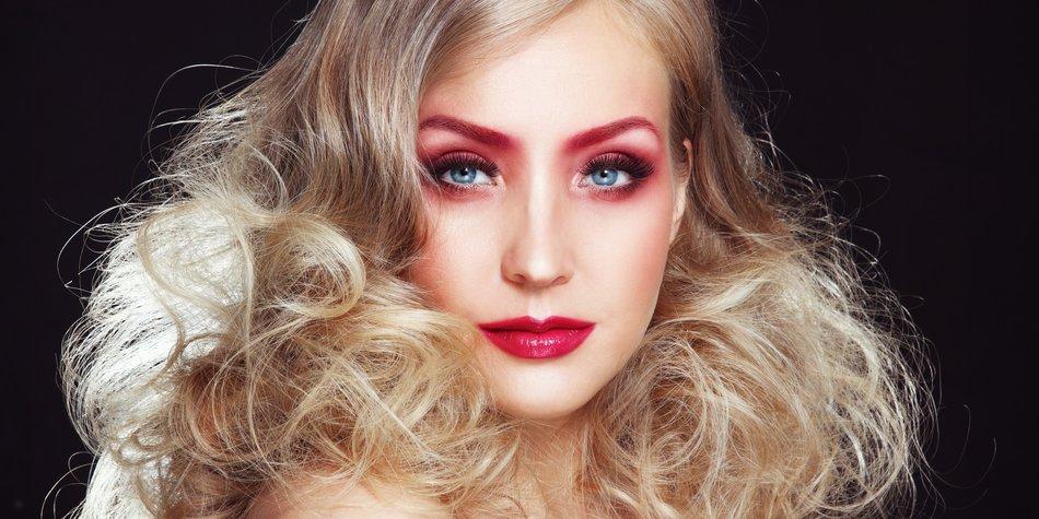 Monochromatic Make-up