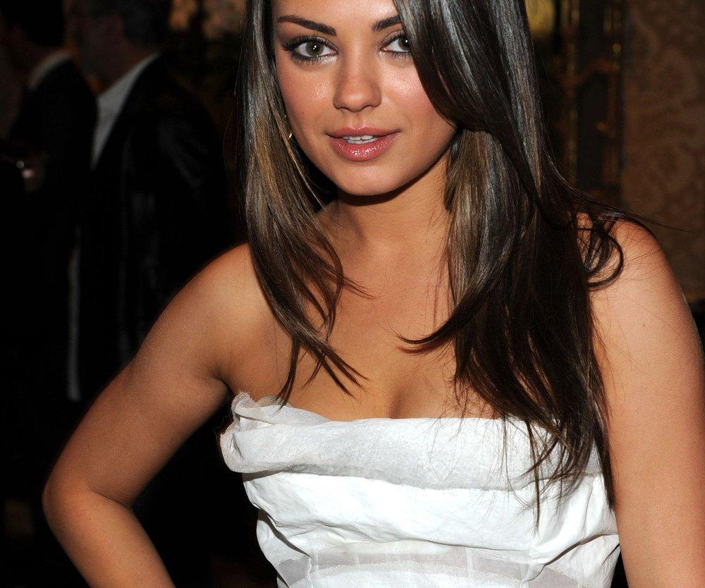 Mila Kunis kritisiert Schlankheitswahn